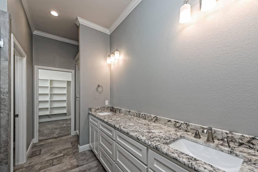 BAM-Realtor-To-Build-Bathroom